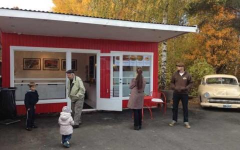 Smålands Burgermeister hälsar välkommen i Fågelfors