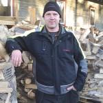 Fredrik Svensson i Fagerhult löser dina vedproblem