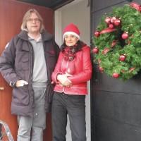 Julöppet hos en Ostronöppnare och en Flygvärdinna från Belgien