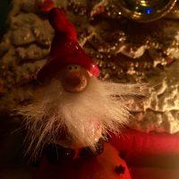Är man snäll får man julklappar av Tomten