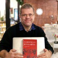 Succé för Fredriks bok Samhällsbyggarna