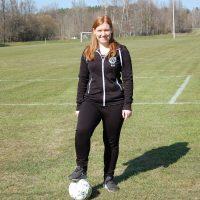 Fotbollsfrälsta Rebecca får stipendium